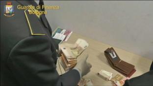 Reddito cittadinanza per finanziare terrorismo, 2 denunce