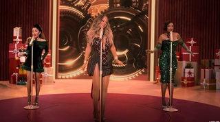 Non c'è Natale senza Mariah Carey, stavolta canta (e balla) con Ariana Grande e Jennifer Hudson