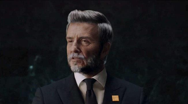 """Il prodigioso """"invecchiamento"""" di David Beckham, guardalo con rughe e capelli bianchi"""