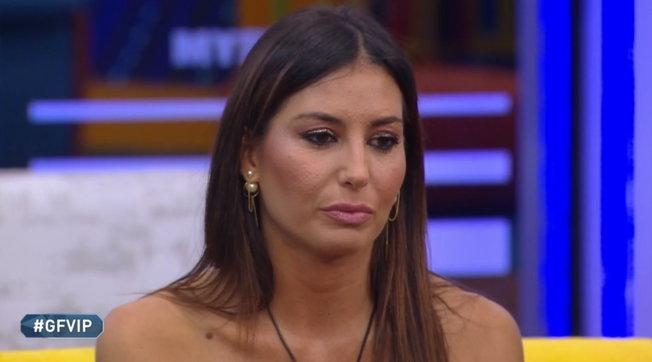 """Al """"GF Vip"""" Elisabetta Gregoraci contro le altre concorrenti della Casa"""