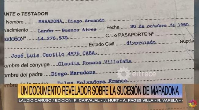Il testamento di Maradona mostrato dalle tv argentine: escluse dall'eredità l'ex moglie Claudia Villafane e le figlie Dalma e Giannina