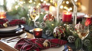 La tavola delle feste: dieci regole per un Natale all'insegna della tradizione
