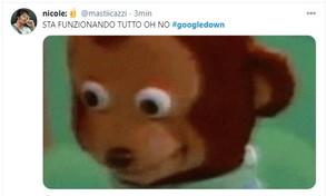 #Googledown, studenti festeggiano il blocco della Dad ma poi il sito ritorna: pioggia di meme