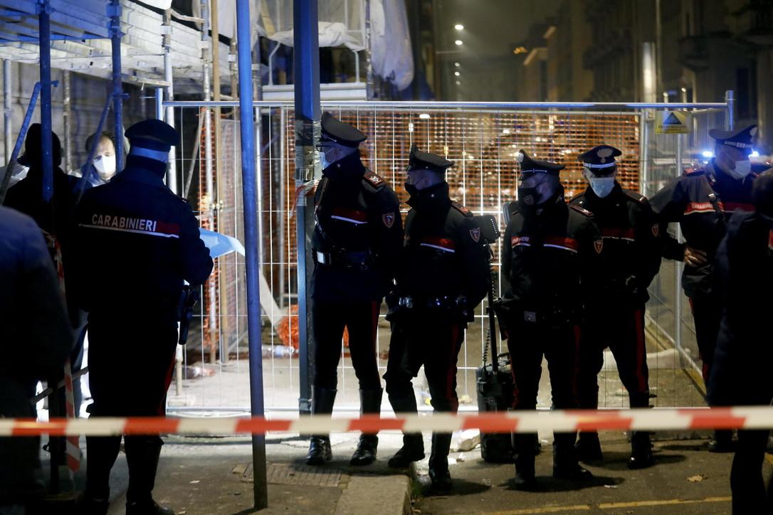 Milano, rapina vicino alla stazione: ucciso un uomo