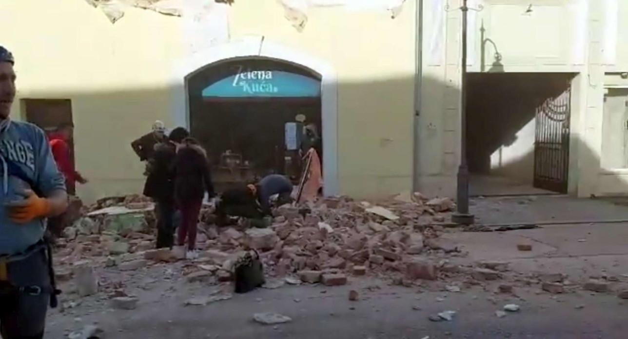 Terremoto in Croazia, le immagini dei palazzi crollati