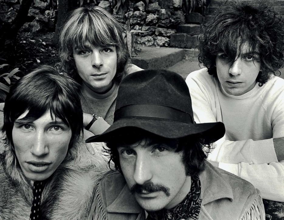 """75 anni fa nasceva Syd Barrett, il """"diamante pazzo"""" che inventò i Pink Floyd"""
