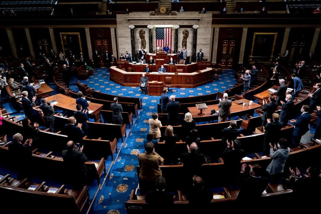 Pence non esclude di ricorrere al 25esimo emendamento se Trump è instabile