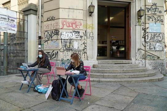 Scuola, sit-in di protesta in tutta Italia