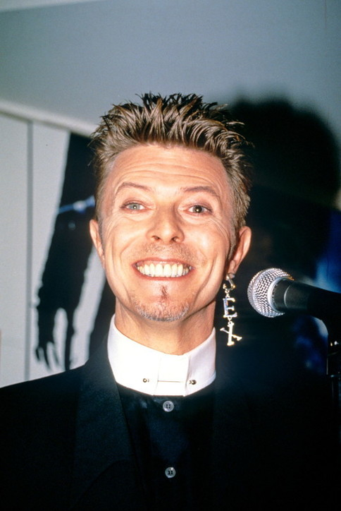 Cinque anni dalla morte di David Bowie: guarda le foto della sua carriera