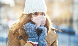 Non battere i denti: difendersi dalle temperature da brivido si può, ecco come