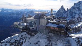 Valle d'Aosta, Consulta sospende legge su misure Covid più leggere
