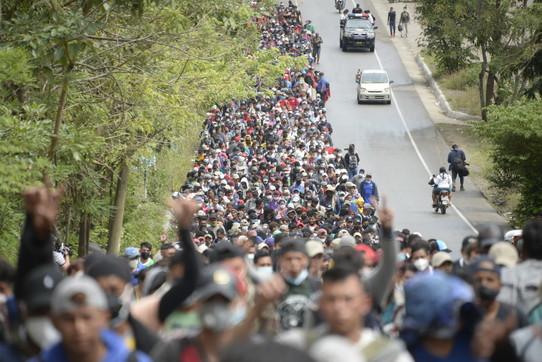 Migranti, carovana umana verso gli Usa