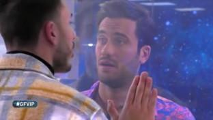 """Pierpaolo Pretelli in lacrime nel confronto con il fratello: """"Mi hai deluso"""""""