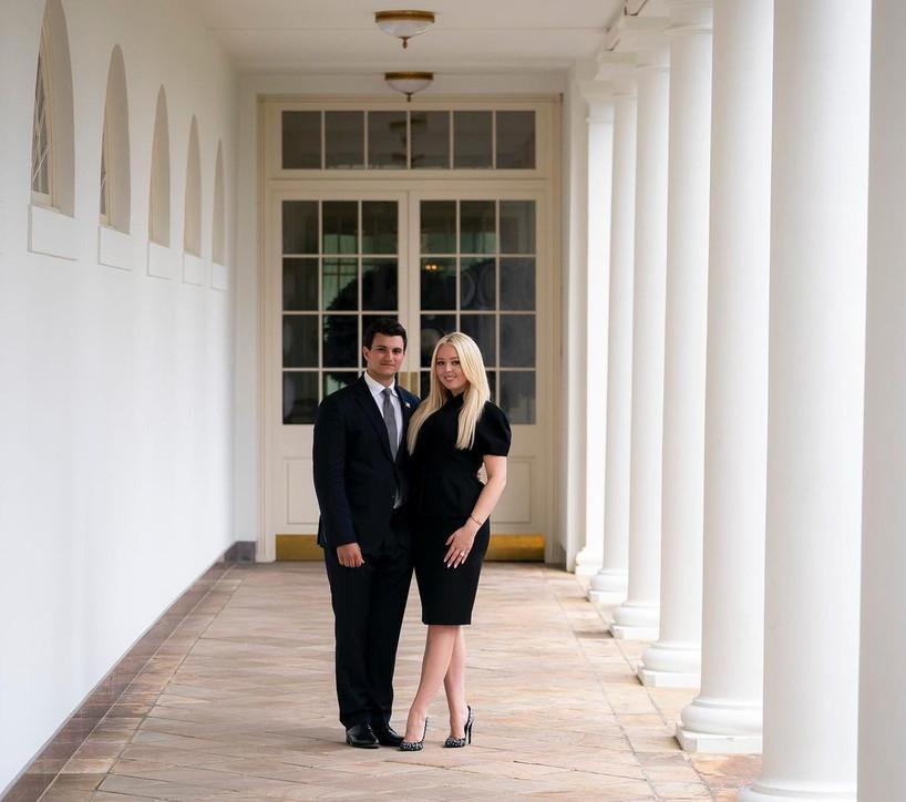 Donald Trump lascia la Casa Bianca, la figlia Tiffany è eccitata e annuncia le nozze