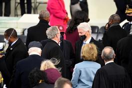 Gli ex presidenti Usa all'insediamento di Biden tranne Carter (giustificato) e Trump