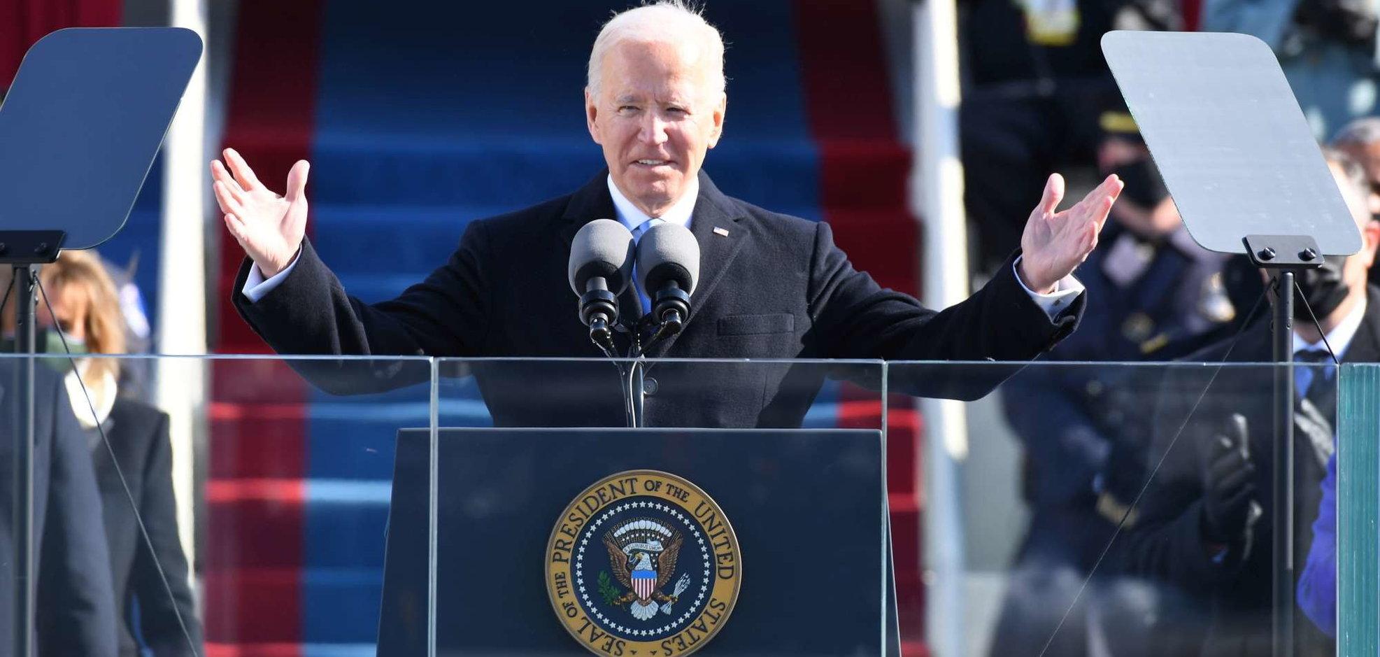 """Joe Biden ha giurato: """"La democrazia ha prevalso""""   """"Torneremo alle alleanze e uniremo tutta l'America"""""""