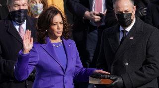 Kamala Harris fa la storia:prima donna alla vicepresidenza e un futuro da presidente