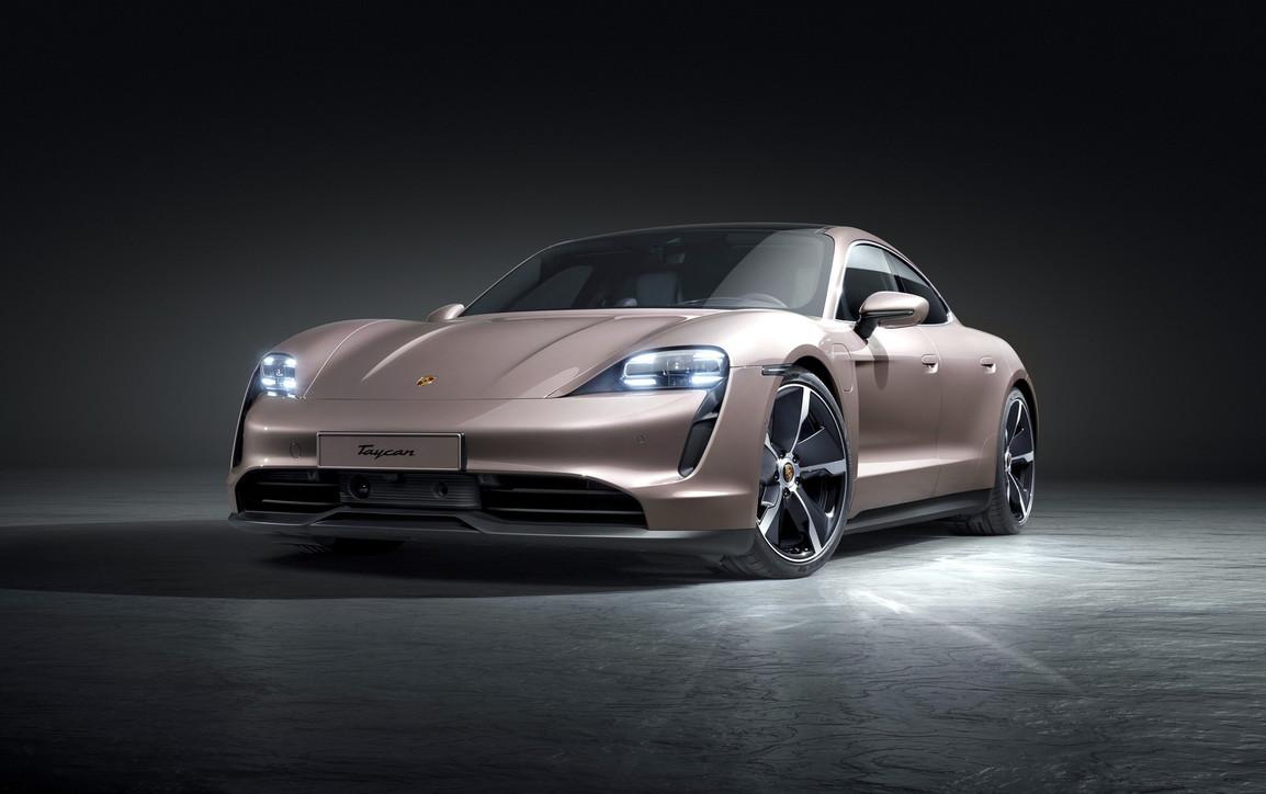 Porsche allarga la famiglia Taycan