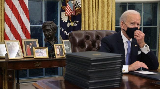 Lo Studio Ovale di Joe Biden: ecco i dettagli e i cambiamenti fatti | Eliminati tutti i simboli di Trump