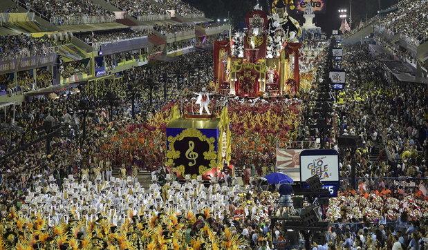 Covid, Brasile, Annullato il Carnevale di Rio de Janeiro