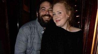 Adele e l'ex marito raggiungono finalmente l'accordo per il divorzio
