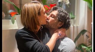 Tra Fabrizio Corona e Asia Argento ritorno di fiamma? Il bacio è social