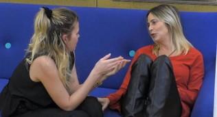 """""""Grande Fratello Vip"""", Stefania consola Carlotta"""