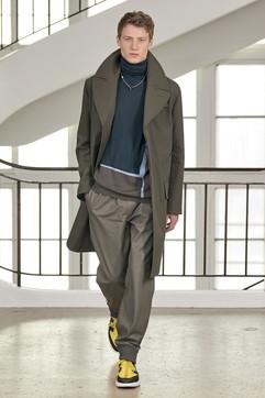 Moda Uomo Parigi, Hermès: abiti comodi per riconnettersi col mondo