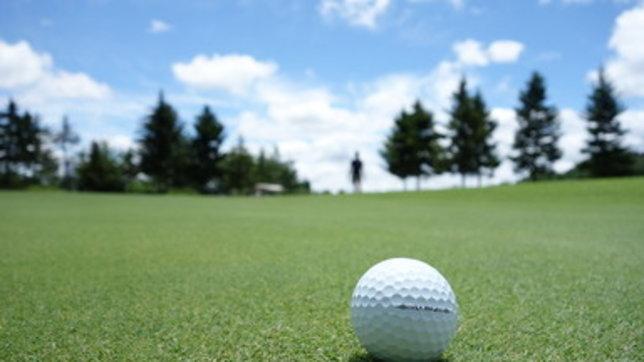 Incidenti di golf: passante colpito da una pallina al basso ventre