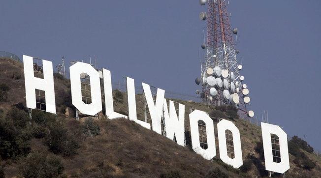Scandalo vaccini a Hollywood, le star usano scorciatoie - Scopri chi