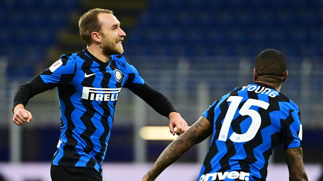 Inter-Milan 2-1: nerazzurri in semifinale di Coppa Italia | Ibra (gol e rosso) tradisce i rossoneri