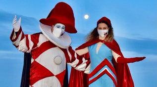 """Carnevale di Viareggio, il Covid impone una cerimonia simbolica: """"Vessillo issato per tutti i Carnevali d'Italia"""""""