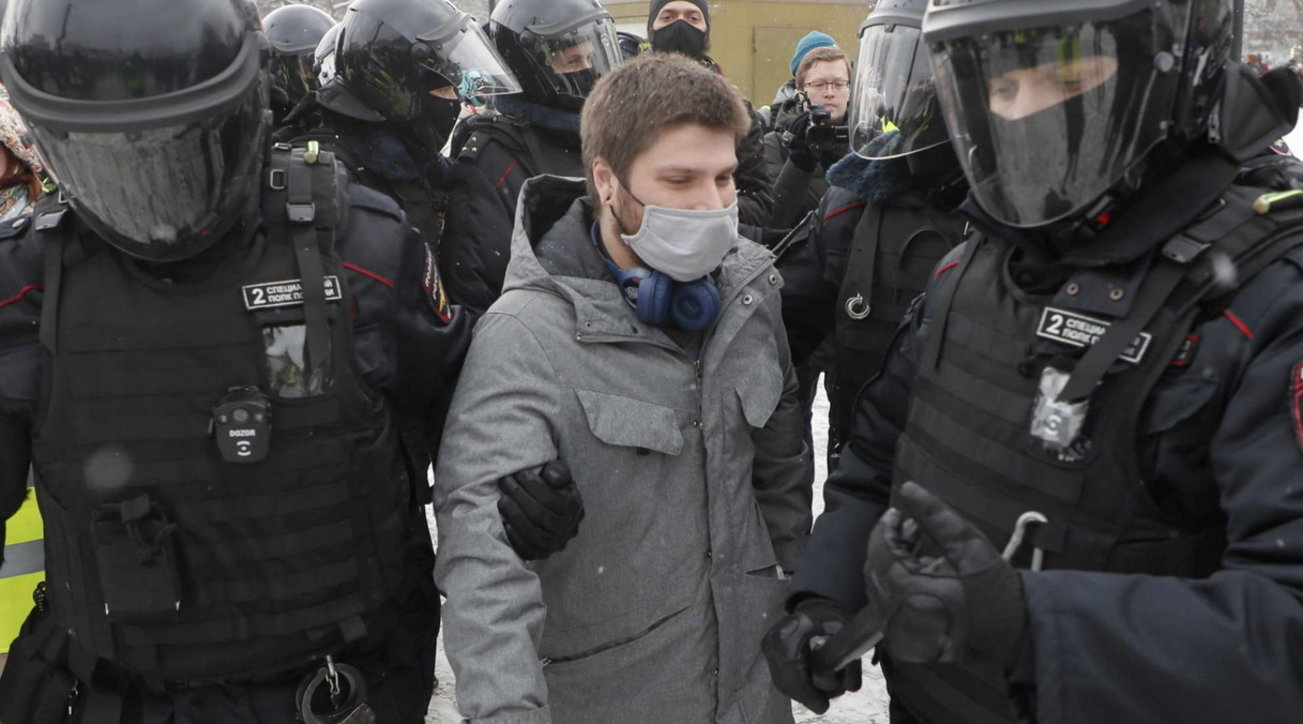 Russia, protests against the detention of Navalny: over 2 thousand arrests, the dissident's wife arrested