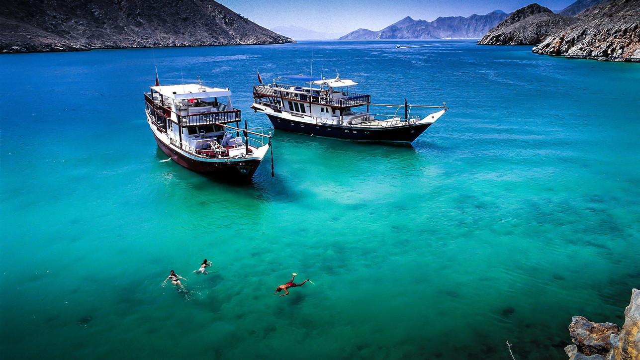 Alla scoperta delle coste e dei meravigliosi fondali dell'Oman