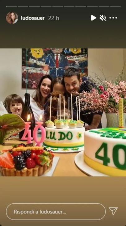 Ludovica Sauer compie 40 anni, festa con Ale Cattelan e le figlie