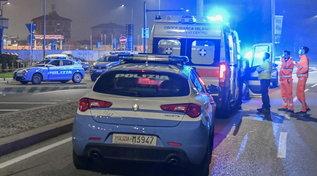 Milano, aggredisce poliziotti a coltellate