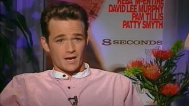"""Due anni fa moriva Luke Perry: la sua intervista a """"Target"""" nel 1994"""