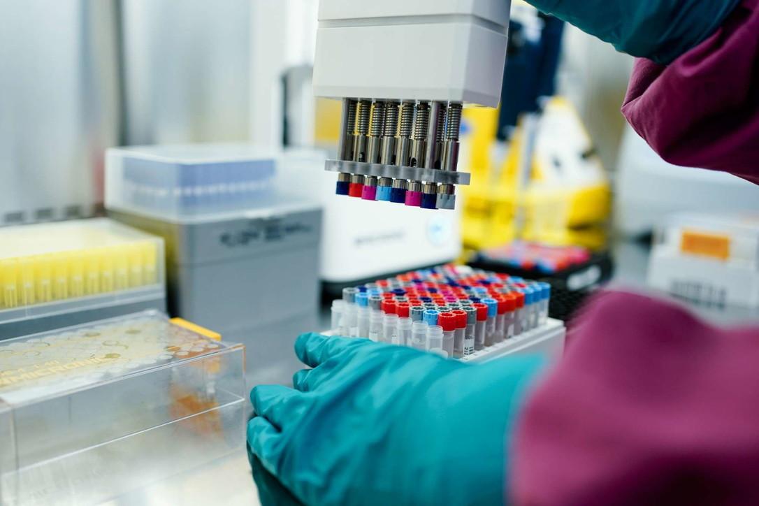 Coronavirus, in Germania arriva il test con gargarismo al posto del tampone