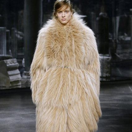 Milan Fashion Week 2021: Fendi pays homage to the elegance of Italian women