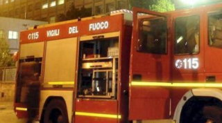 Napoli, incendio in appartamento: 2 morti a Fuorigrotta