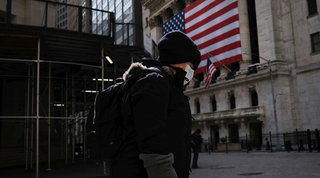 Coronavirus, la Camera Usa approva il maxi piano di aiuti di Biden