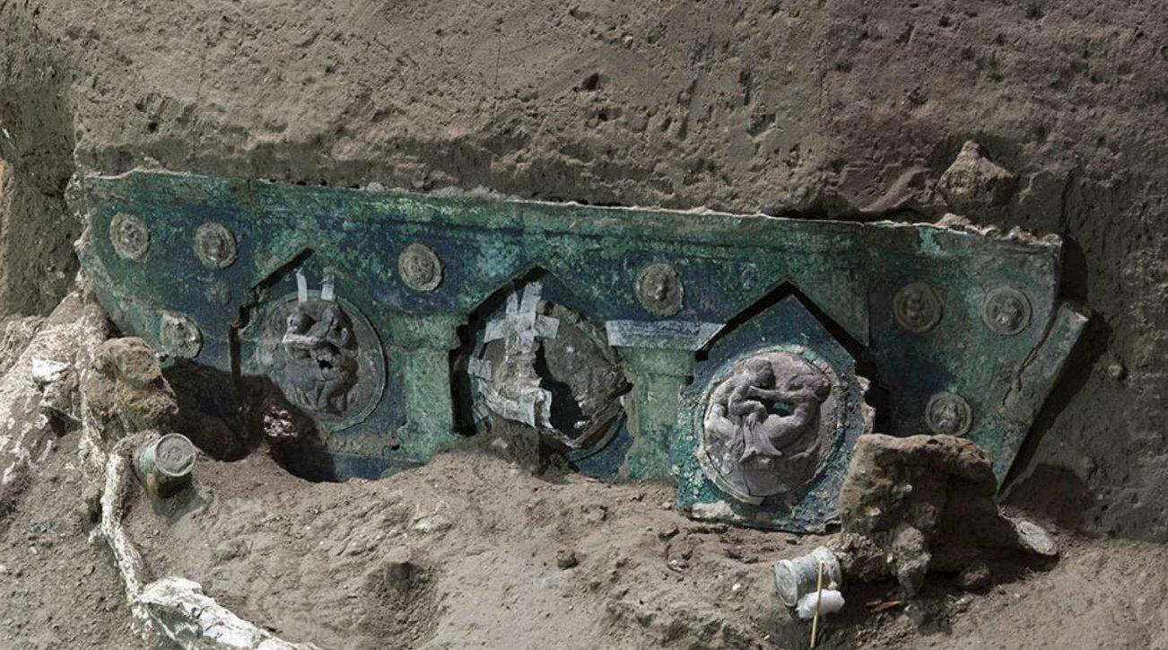 Pompei, ritrovato un carro per le cerimonie di nozze dell'aristocrazia