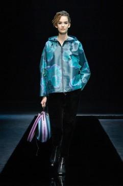 MFW 2021, Giorgio Armani: tutti i look della sfilata donna
