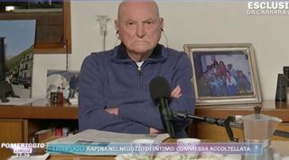 """Desidera cedere il vaccino alla madre di un disabile, il 91enne: """"Non mi arrendo"""""""