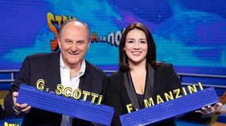 """A """"Striscia la Notizia"""" tornano Scotti e Manzini: """"Siamo una coppia morbida"""""""