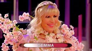 """""""Sono la primavera del mio cuore"""", la sfilata a tema di Gemma"""