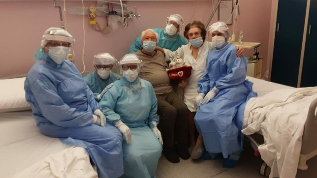 """Padova, sposati da 64 anni si ammalano assieme di Covid: in ospedale per loro la """"stanza matrimoniale"""""""