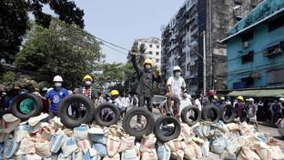 Birmania, continua la repressione delle proteste contro il golpe