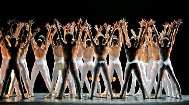 Focolaio alla Scala: 35 positivi nel corpo di ballo