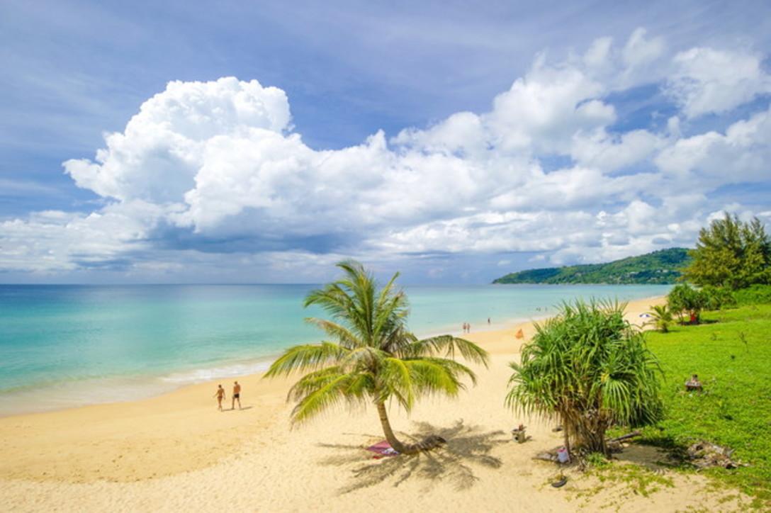Phuket e l'estate infinita: memo per il dopo-covid